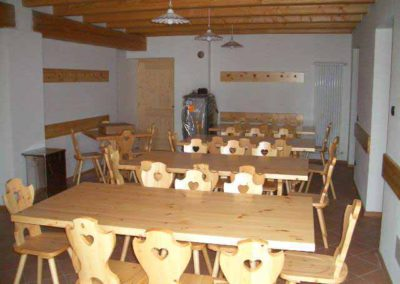 Casa-Vacanze-Gruppi- Primalunetta-sala-pranzo