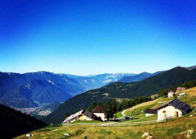 Visuale-sulla-valle-da-Loc-Primalunetta